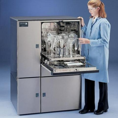 Photo of FlaskScrubber Vantage Glassware Washer